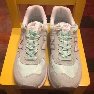 New Balance Shoes - Excellent Condition- New Balance 574 Core Seafoam